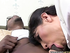 Horny cougar Tara Holiday enjoys BBC