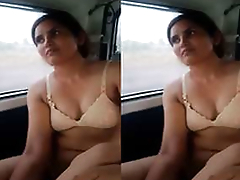 Today Exclusive- Desi Call Girl Drilled In Car