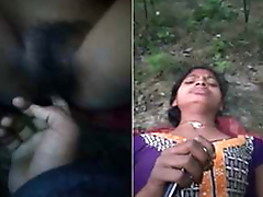 Today Exclusive- Desi Village Girl Out Door Pussy Fingering By Bf