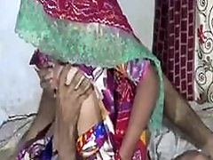 Desi Aunty Snowy Nude In Bathroom