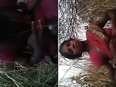 Desi Randi Bhabhi Outdoor Blowjob and Ridding Customer Dick part 2