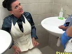 Pissfetish milf licking cum from the floor